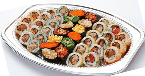 因为有各种各样的海鱼,河鱼和湖鱼及贝壳类,你能体验的美味将是无穷
