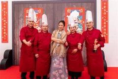 实力鉴证办学力量!新东方烹饪战队成为央视《厨王争霸》总决赛冠